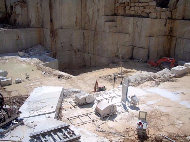 Molmar stone piedra natural calizas m rmol y grantio for Marmol piedra natural